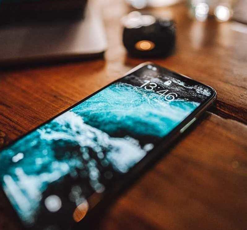 czy komornik może zająć telefon komórkowy - smartfon